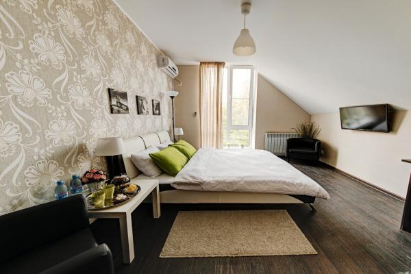Hotel Eco-Style Photo