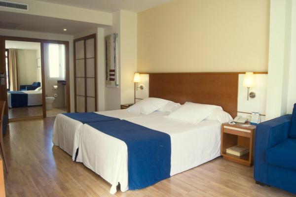 Hotel Sorolla Centro photo