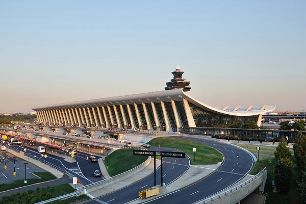 Аэропорт Вашингтона Даллес фото