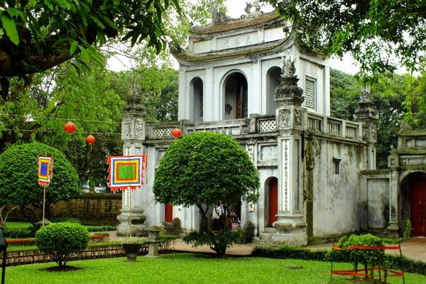Temple of Literature Photo
