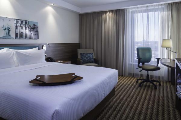 """Отель """"Hampton by Hilton"""" фото"""