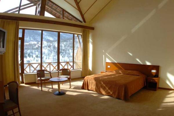 Arthurs Aghveran Resort