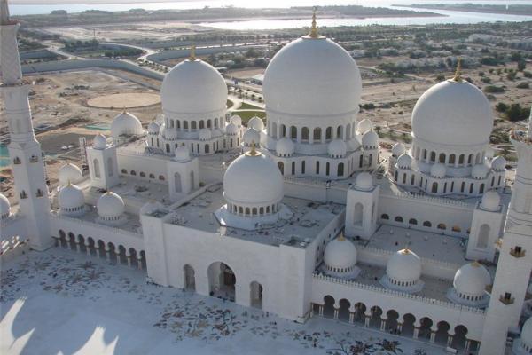 Sheikh Zayed Mosque photo