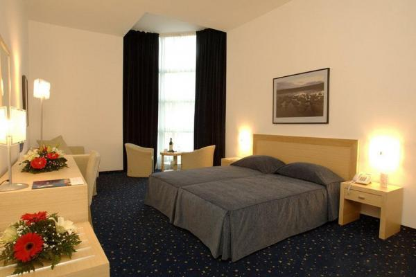 Hotel Blue Star фото