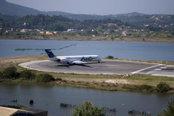 Аэропорт Керкира города Корфу фото