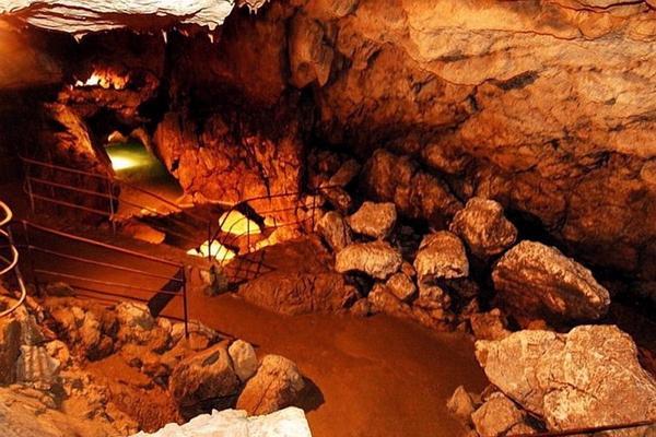 Red Cave (Kizil-Koba) photo
