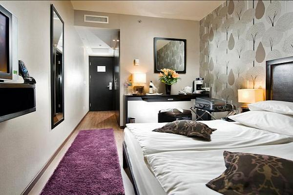 Hotel Zara фото