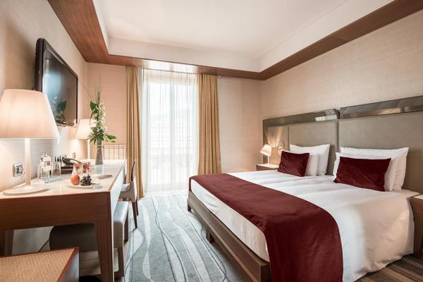 Grand Hotel Europa photo