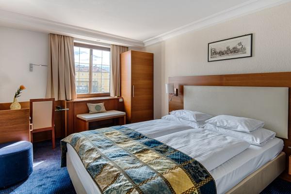 Hotel Mondschein photo