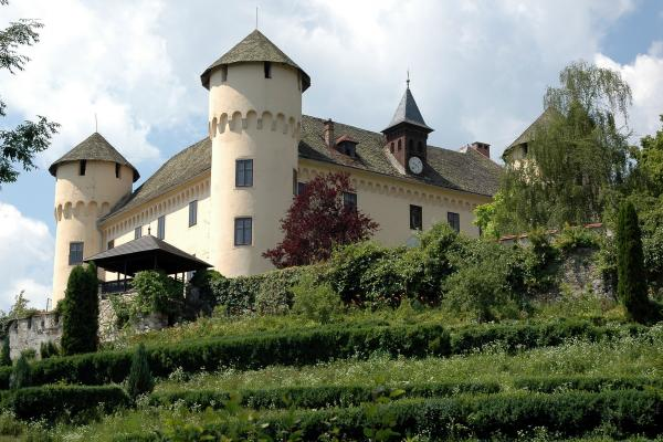 Zigguln Castle photo