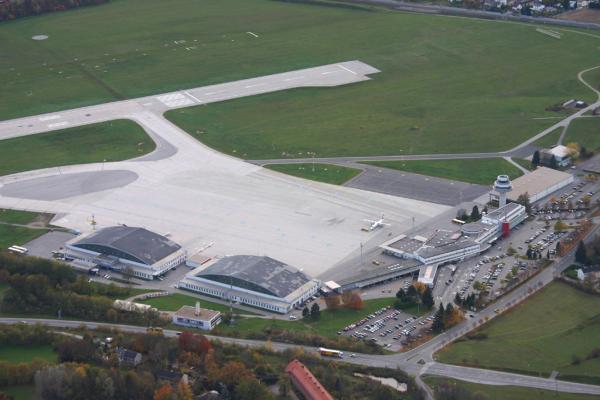 Аэропорт Клагенфурта-ам-Вёртерзе фото