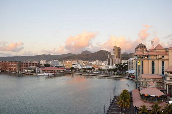 Порт-Луи панорамное фото