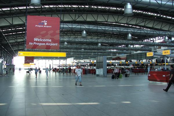 Аэропорт Праги имени Вацлава Гавела фото