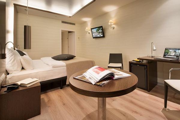 Loft Hotel photo