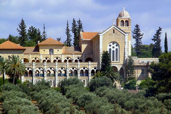 Монастырь Латрун фото