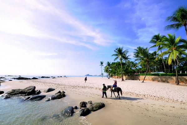 Hua Hin Beach photo